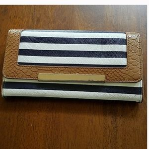 Aldo striped navy and white wallet - guc